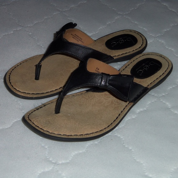 8ec0e0c3ee4c Born Shoes - Born B.O.C. black thong sandals 8M